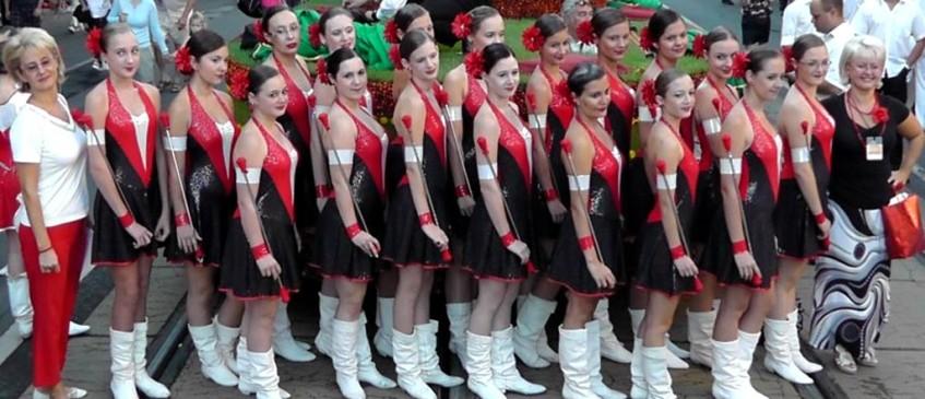 Debrecen Majorette Ensemble e The Újfehértó Youth Brass Band (Ungheria)