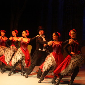 Operetta italiana dance ensamble