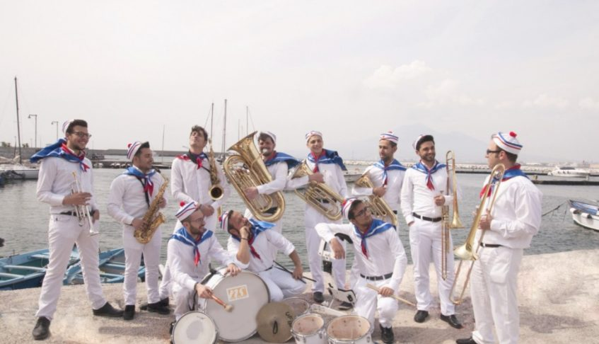 THE POPEYE STREET BAND AND SAILORS MAJORETTES