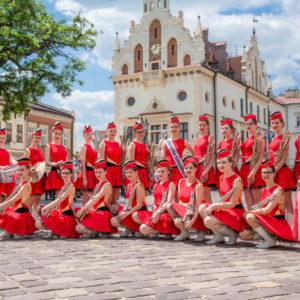"""POLONIA – Orkiestra Szałamaistek i Zespół Mażoretek """"Incanto"""""""